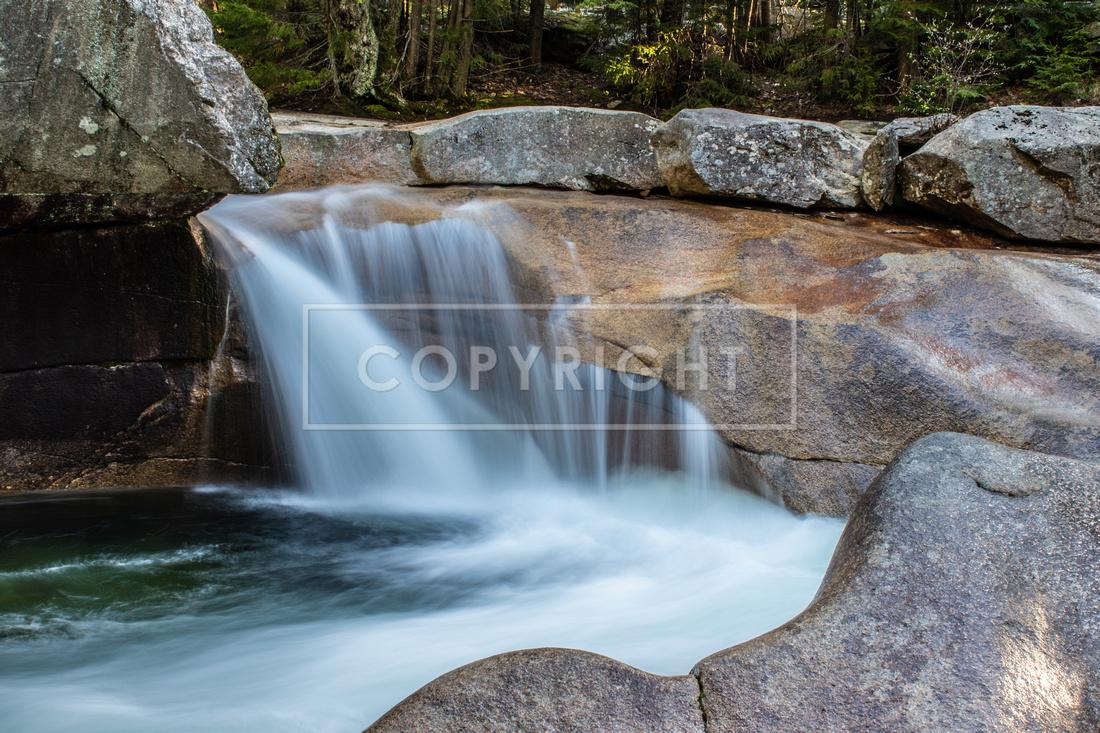 0196 Basin Waterfall - Franconia Notch, NH